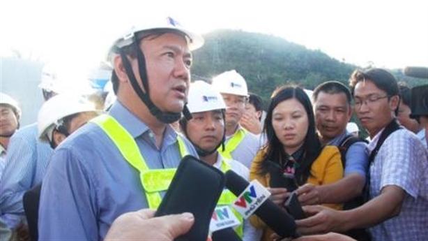 Bộ trưởng Thăng tiếp tục chứng minh khả năng 'trảm nhà thầu'