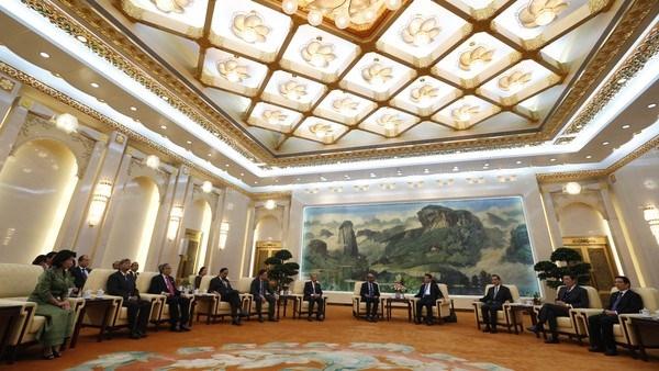 Đồng minh bỏ Mỹ gia nhập ngân hàng Trung Quốc