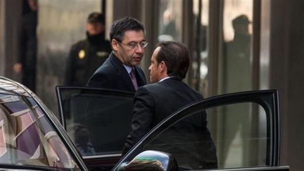 Chủ tịch Barcelona có thể 'bóc lịch' dài hạn vì gian lận