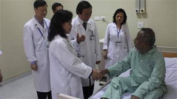 Một đại biểu Bangladesh tham dự IPU 132 phải đi cấp cứu