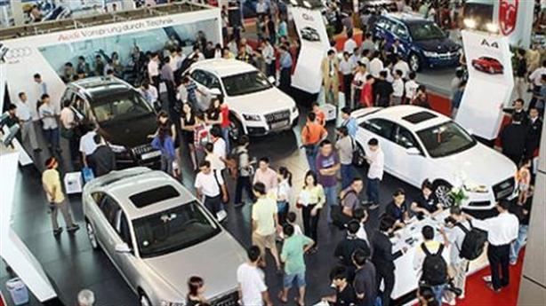 'Tan' giấc mơ ô tô Việt: Khi chính sách tự mâu thuẫn