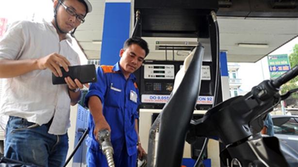 Nhân viên Viettel nhận lương khủng: Minh oan cho EVN, Petrolimex