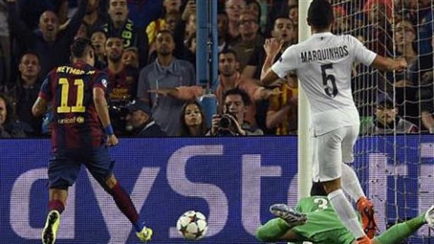 Barcelona 2-0 PSG: Gã khổng lồ đè bẹp Hoàng tử thành Paris