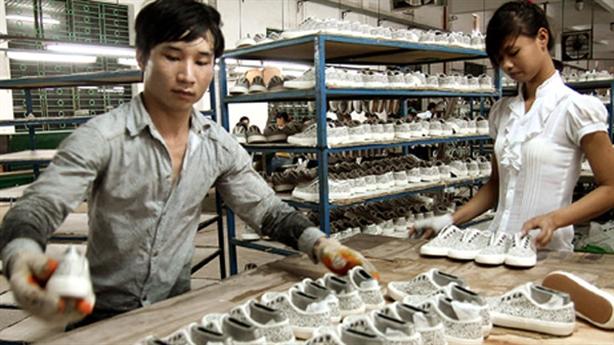 Doanh nghiệp Việt teo tóp vì bị 'vặt đầu chặt đuôi'