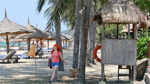 Resort khóa mặt tiền bãi biển: Nếu chỉ nghĩ tới... tiền