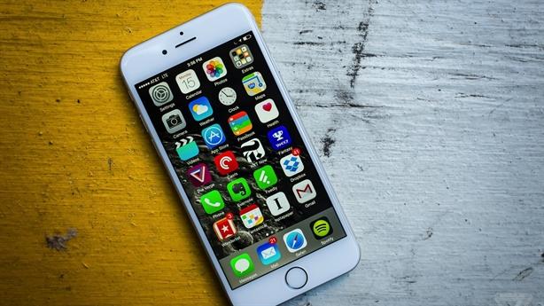 iPhone 6 hàng cũ giá rẻ tràn về Việt Nam