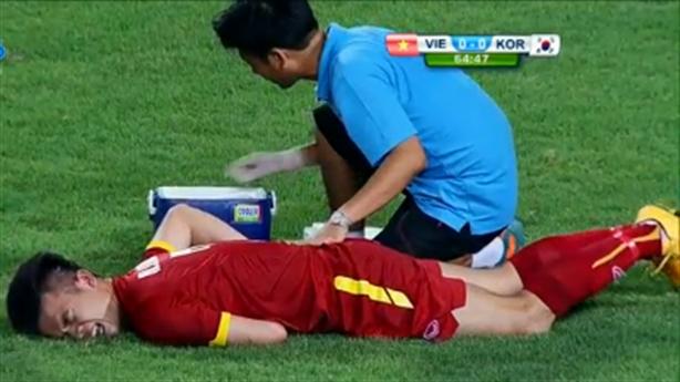 Hoàng Thịnh gãy xương sườn, không còn cơ hội dự SEA Games