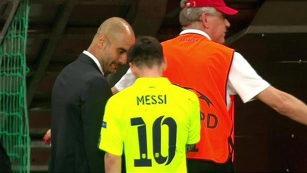 [Ảnh chế] Guardiola xin xỏ Messi đá cho Bayern trong hiệp 2