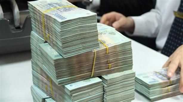 Việt Nam đối diện nợ công: Xem xét cảnh báo nước ngoài