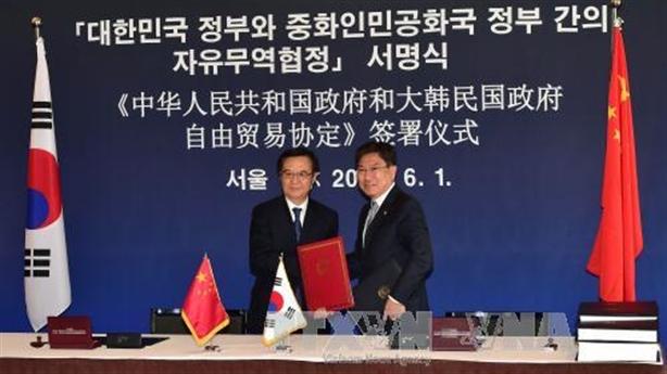 Hàn Quốc và Trung Quốc ký Hiệp định Thương mại tự do