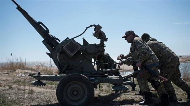 Giải pháp nào cho Donbass đang trên bờ vực chiến tranh?