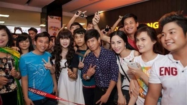 Fan thường đến nhà ca sĩ Lý Hải lừa năm iPhone 6