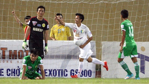 Kết quả và bảng xếp hạng vòng 13 V-League 2015