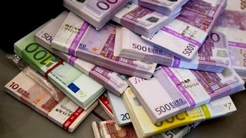 Giới đầu tư Việt tháo chạy khỏi đồng Euro?