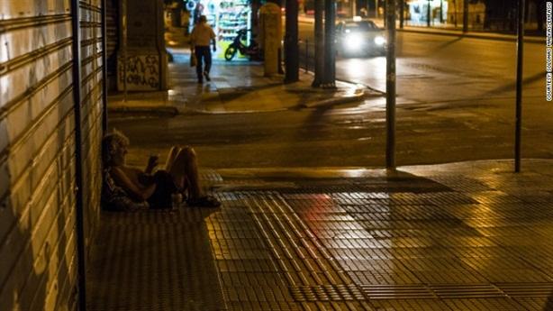 Khủng hoảng Hy Lạp đẩy dân nghèo vào cảnh khốn cùng