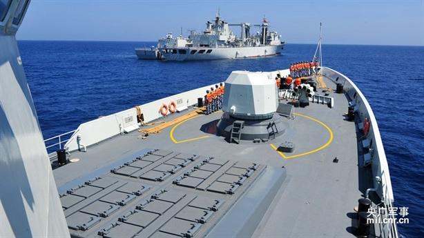 Trung Quốc đưa Type 054A vào Biển Đông đấu LCS Mỹ