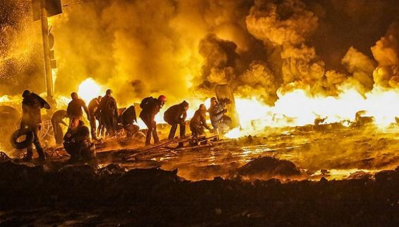 "Sau IS, Mỹ tiếp tục đẻ ""quái vật"" Pravyi Sector ở Ukraine"