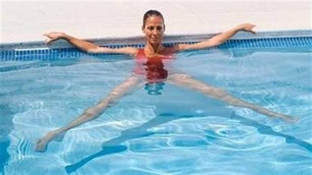 Những bài tập thể dục dưới nước cực tốt cho sức khỏe!
