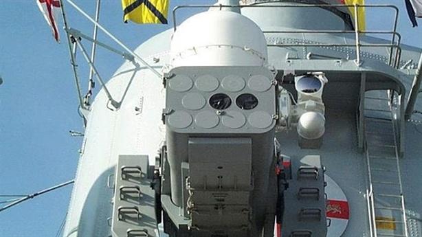 Tên lửa SeaRAM: Ngón tay tử thần mới của tàu chiến Mỹ