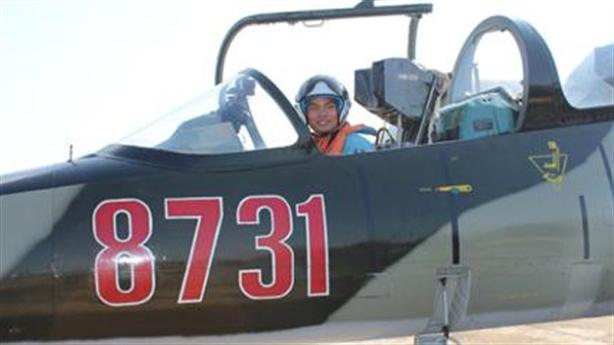 VN đào tạo phi công quân sự cho cả Lào và Campuchia