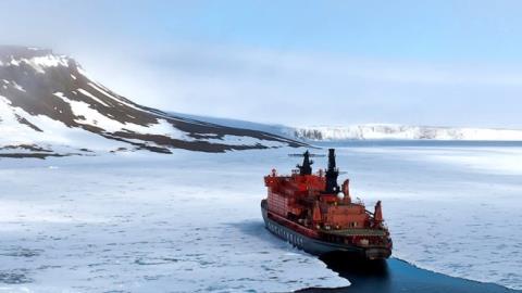 Trung Quốc mơ công nghệ tàu phá băng, Nga khó đáp lời?
