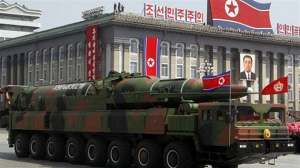 """Mỹ-Hàn nên từ bỏ chính sách """"cây gậy"""" đối với Triều Tiên"""