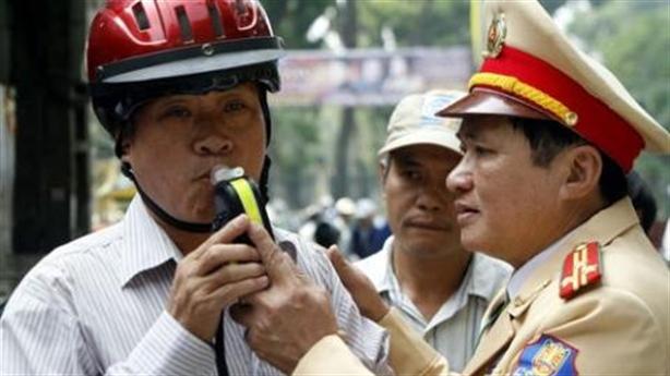 CSGT thương dân: Kiến nghị giảm phạt vi phạm