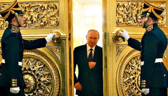 """Ông Putin và màn """"Hỏi xoáy, đáp xoay"""" với nhà báo Mỹ"""