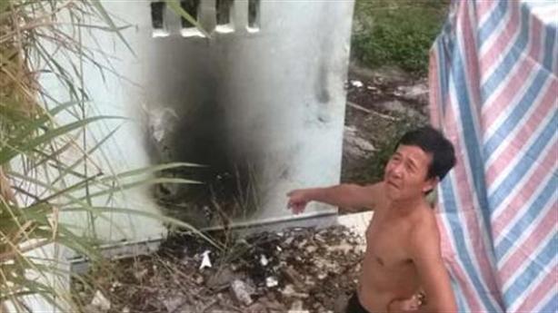 Thiếu nữ khỏa thân chết cháy: 'Không phải tự tử'?