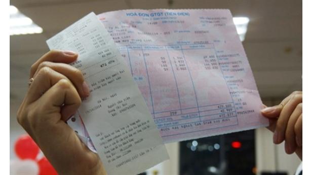 Giá điện Việt Nam: Một giá tiện cho EVN và xã hội