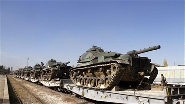 Cuộc đối đầu giữa xe tăng Nga và Mỹ có xảy ra?