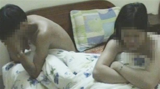 Chủ chứa mại dâm đổi gái cho nhau để lừa hàng mới