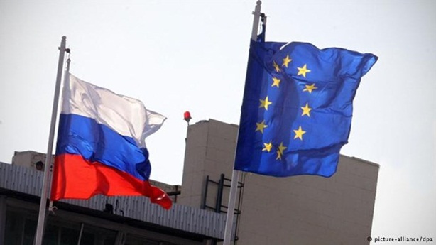 Hành xử kỳ lạ của châu Âu với Nga