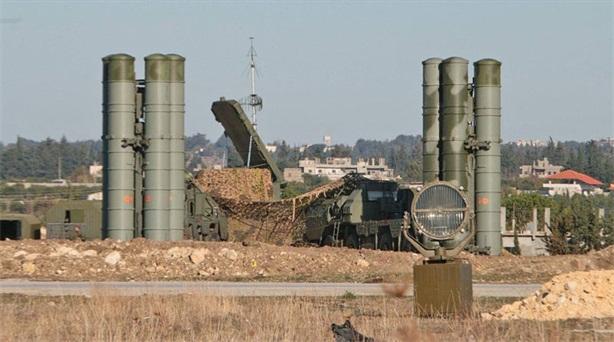 Nga bán S-300/400 khắp thế giới để vây Mỹ?