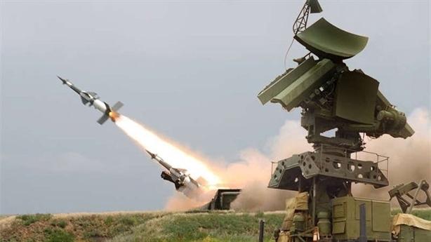 Bốn tên lửa Triều Tiên có thể bắn hạ B-52 Mỹ