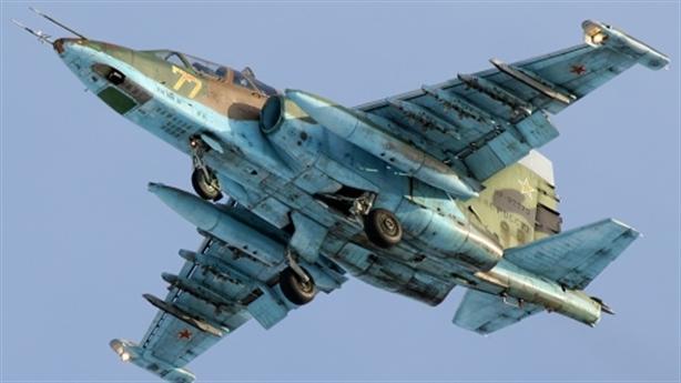 Sát thủ SU-25 SM Nga nhào lộn ra oai