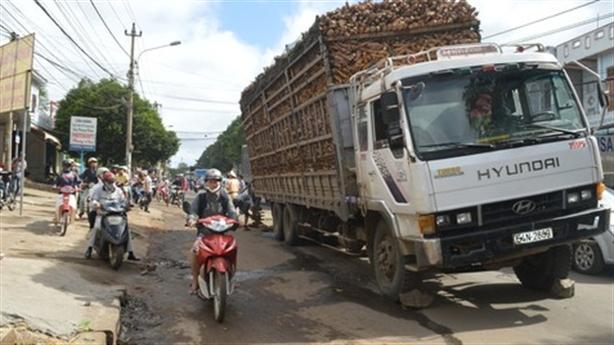 Năm 2016 hết xe quá tải: Không được hứa hão với dân