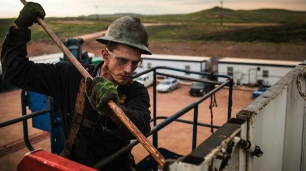 Mỹ vạ lây vì giá dầu giả