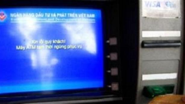 Ngân hàng Nhà nước thúc ATM 'khỏi ốm'