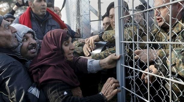 Khu vực Schengen đổ vỡ: Tổn thất nặng nề cho EU