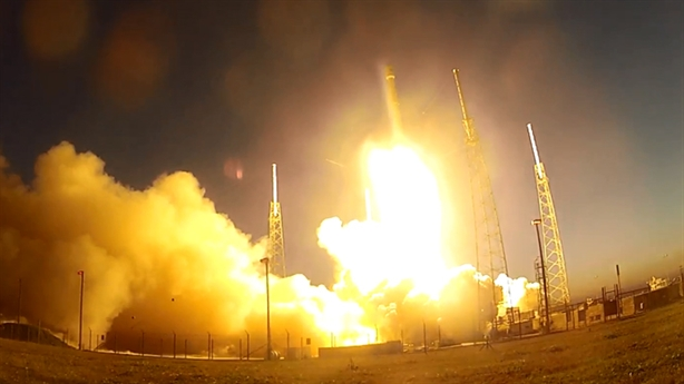 Động cơ tên lửa Mỹ: Còn cơ hội khi Falcon-9...hạ cánh hỏng