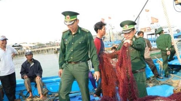 Ngư dân tố tàu Trung Quốc tấn công: Vơ vét tất cả