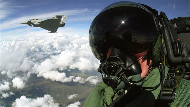 Tiêm kích Typhoon được trang bị radar mạnh nhất thế giới