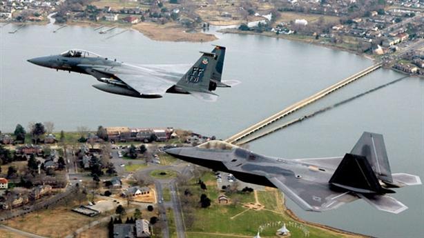 Tiết lộ tầm giám sát của radar trên MiG-31 và F-22
