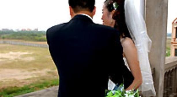 Anh đồng ý cưới, nhưng không chịu đăng ký kết hôn