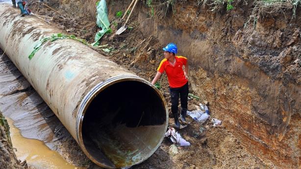 Nhà thầu Trung Quốc làm đường ống Sông Đà:Những câu hỏi khó...