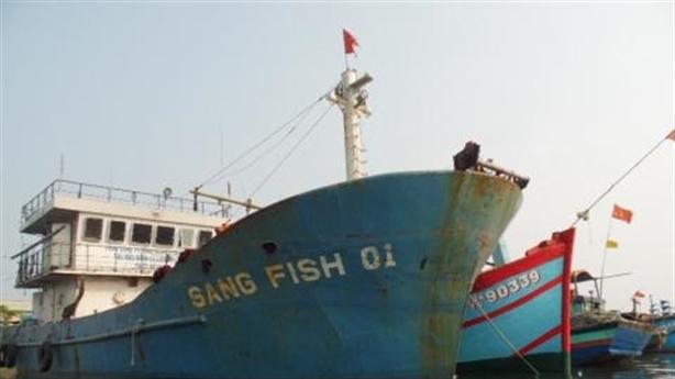 Ngư dân trả lại tàu vỏ thép: Chuyện buồn được báo trước
