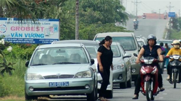 Hà Nội quyết khoán xe công: Sẽ tiết kiệm ngàn tỷ