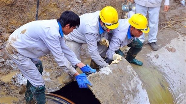 Nước sông Đà: Kiến nghị dừng hợp đồng nhà thầu Trung Quốc