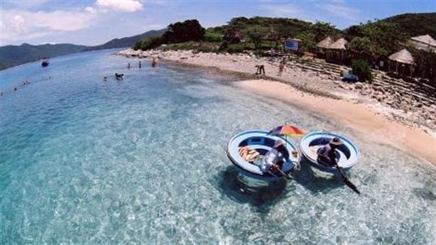 Xây du lịch bảo tồn biển Nha Trang: Cho là mất?